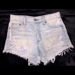 American Eagle- Vintage Festival shorts